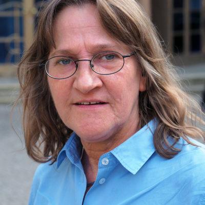 Dr. Christiane Timper