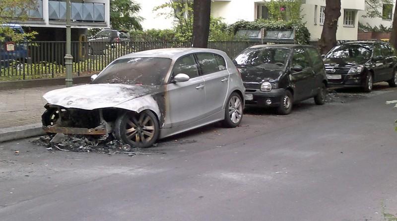 Brennende Autos 2011