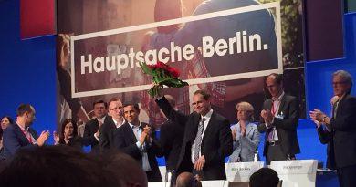 Am 30. April hat der Parteitag der Berliner SPD den Regierenden Bürgermeister Michael Müller zum Spitzenkandidaten für die Berlin-Wahl am 18. September gekürt und ihn gleichzeitig zum Vorsitzenden der Berliner SPD gewählt.